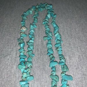 Jewelry - 3 / $21 Turquoise Stones 20 inch Necklace